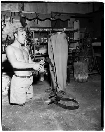 Legless athlete (Bellflower), 1952