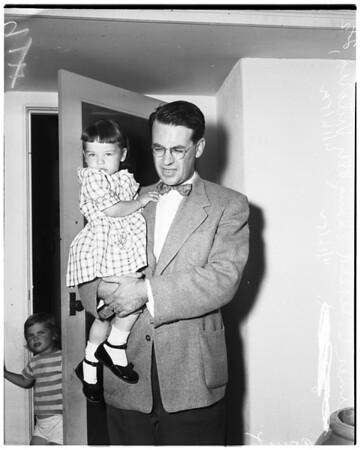 Lost girl at Devil Gates Dam, 1952