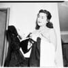 Girls fight at Charley Foys' Supper Club (Sherman Oaks) (Toni Carroll and Abigail Adams), 1952