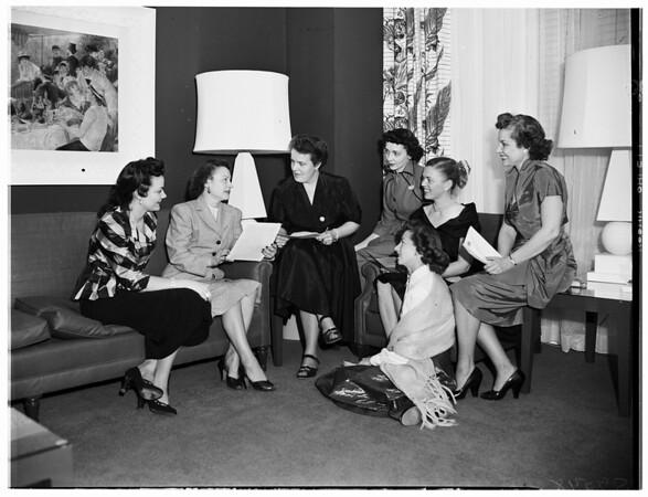 California Federation of Women's Clubs Board, 1952