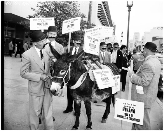 Picket line (insurance company) Prudential, 1956
