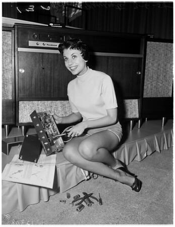 Hobby show at Shrine Exposition Hall, 1958