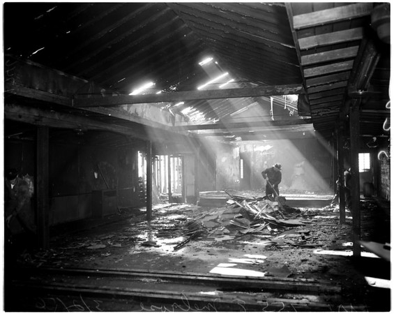 Fire at 7558 Melrose Avenue, 1956