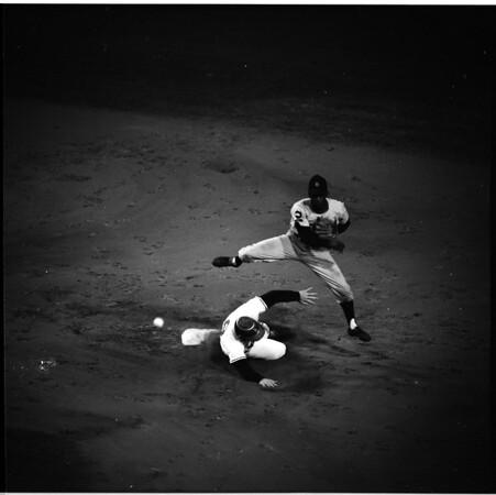 Baseball -- Los Angeles Angels vs. Detroit Tigers, 1961