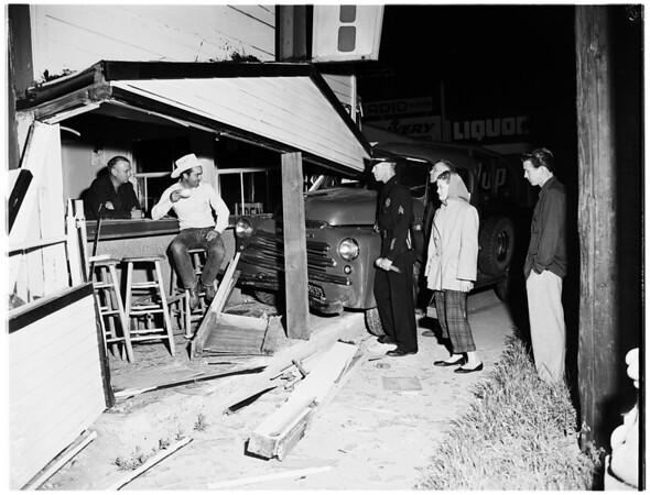 Auto accident (10440 Venice Boulevard), 1952.