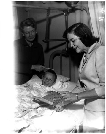 Las Angelinas Women - Orthopedic hospital, 1958
