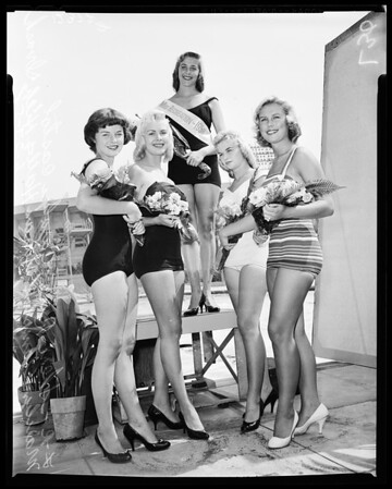 """Miss Recreation"" contest, 1958"