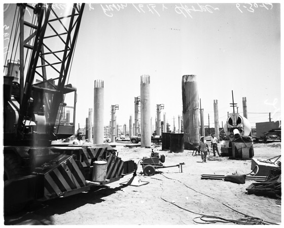Olympic Freeway construction, 1960