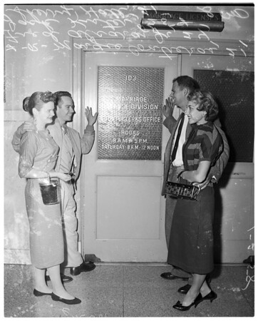 First couples at marriage license bureau, 1958