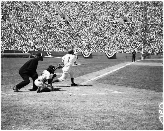 Baseball -- Dodgers versus Giants, 1958