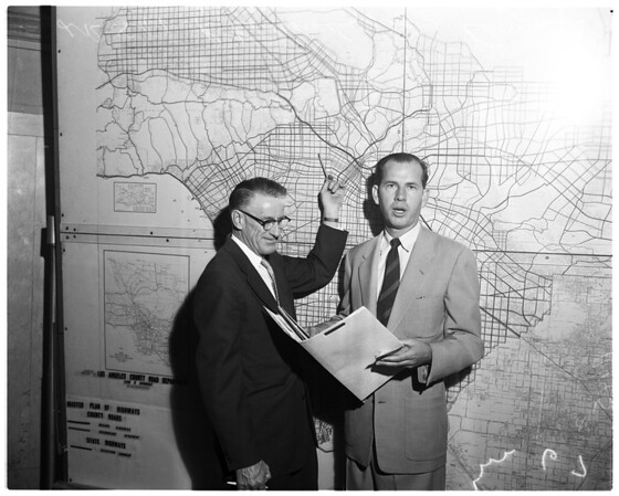 Highway and roads of Los Angeles County 1400 miles of existing roads -- map of master plan, 1955