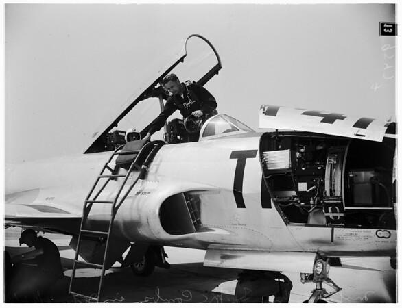 A-bomb films arrive, 1952