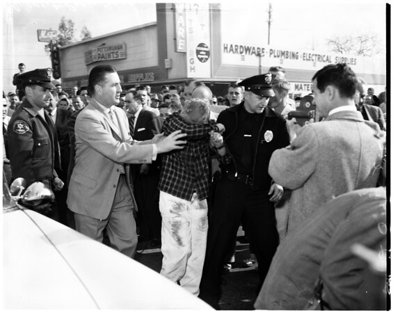Robbery attempt at cafe in Inglewood at 930 W. Manchester, 1957