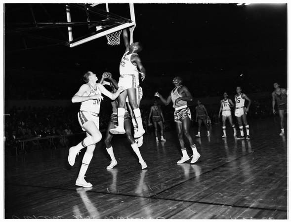 Basketball, Los Angeles Lakers versus Philadelphia Warriors, 1960