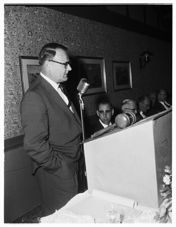 Torrance City Planner feted, 1958