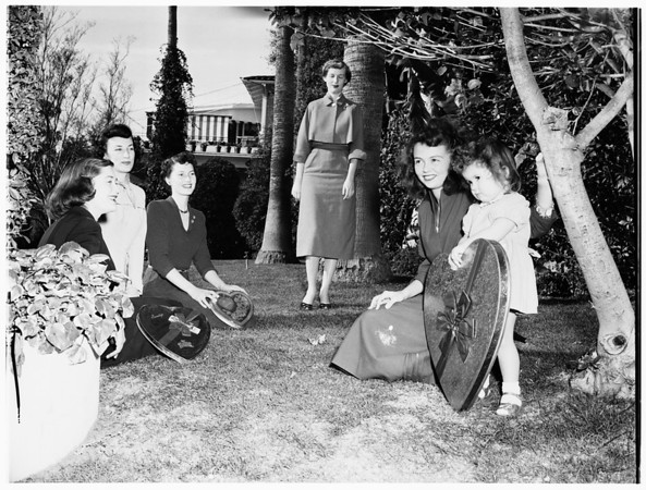 Valentine Fashion Show preparations by the Junior Auxiliary of the Trojans at Beverly Hills Hotel, 1952
