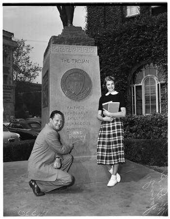 Universities --  America's prettiest schoolgirl enrolls at USC, 1954