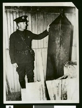 Under-water conveyor for liquor, 1931