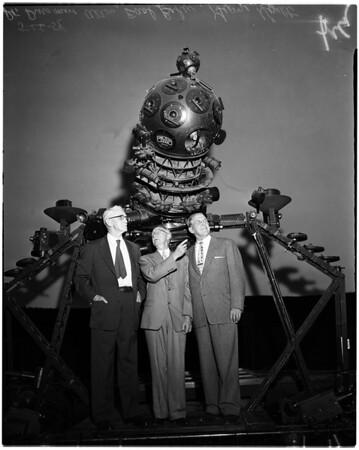 """""""Trip to Mars"""" Premiere at Griffith Park Observatory, 1954"""