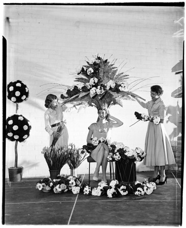 Headdress ball, 1958