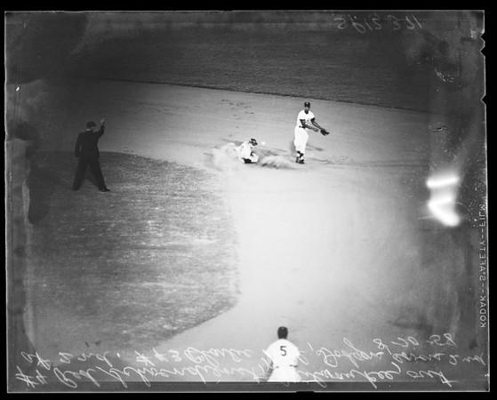 Baseball -- Dodgers versus Braves, 1958.