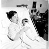 Crippled singer has baby, 1958