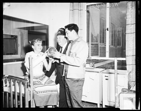 Football -- Shrine High visits to hospital, 1958