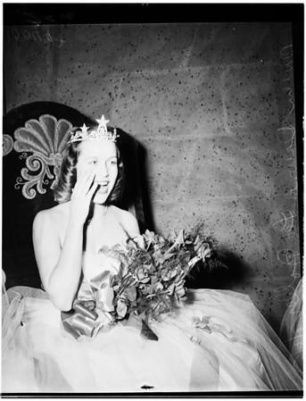 University of Southern California homecoming queen coronation, 1953