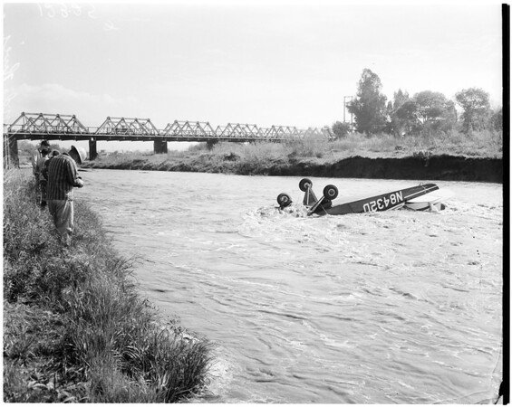 Small plane crash, 1958