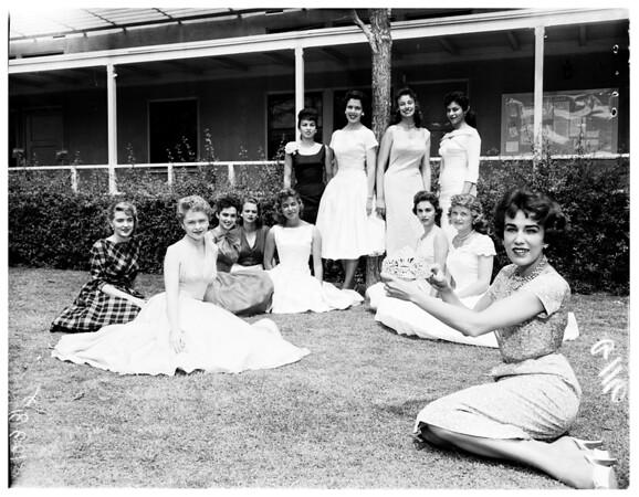 Valley Junior College Queen contestants, 1958