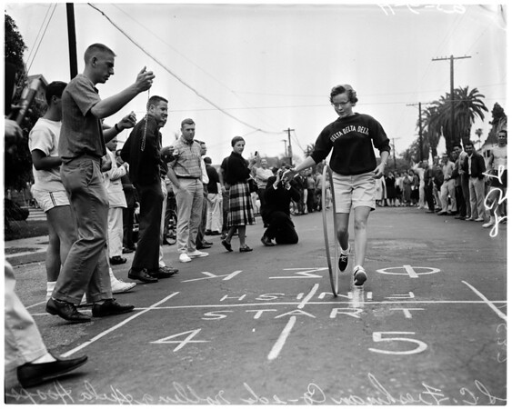 University of Southern California hula hoop race, 1959