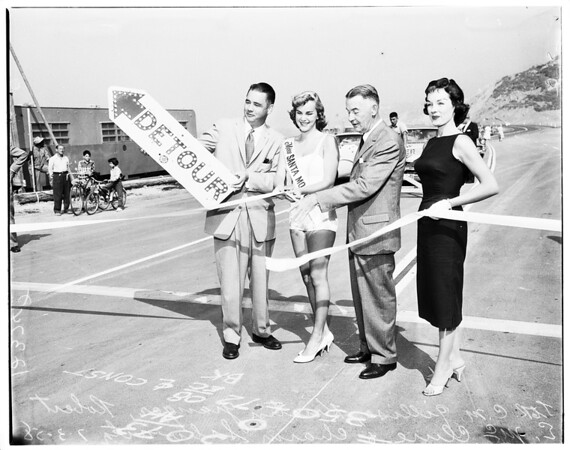 Opening of Highway 101 after landslide (by pass) dedication, 1958