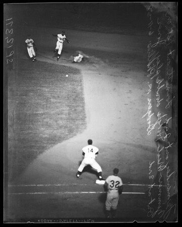 Baseball -- Dodgers versus Phillies, 1958.
