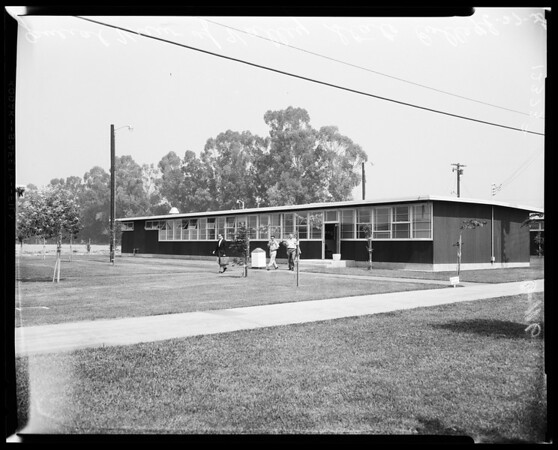 San Fernando Valley State College, 1958