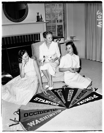 Pasadena Panhellenic women, 1958