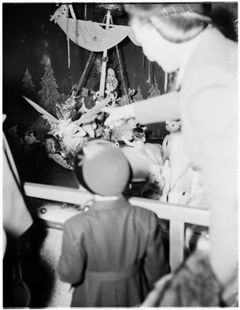 Christmas windows, 1952