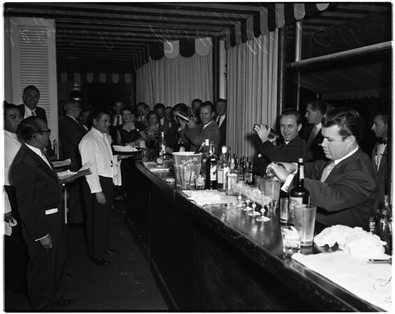 Bartenders contest at Beverly Hills Hotel, 1954