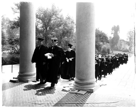 Occidental College Founders Day procession, 1958