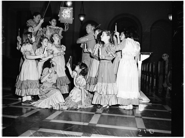 Kids from Bunker Hill serenade City Council, 1952
