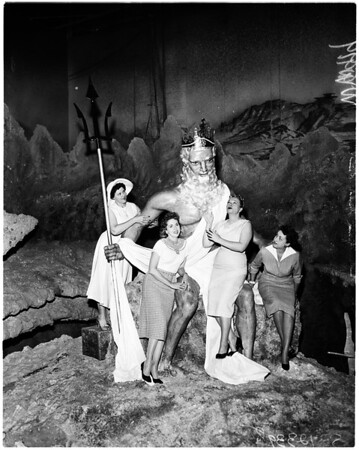 Undersea gardens (Artesian Group), 1958