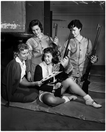 University of Southern California girls rifle team, 1958