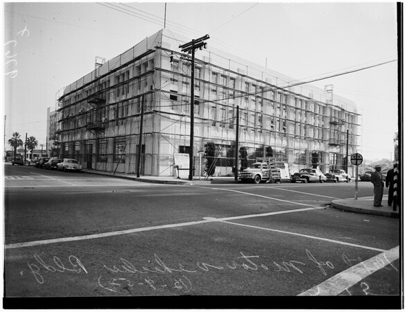 Inspection of Motor Vehicle Building, West 35th Street and South Hope Street, 1952