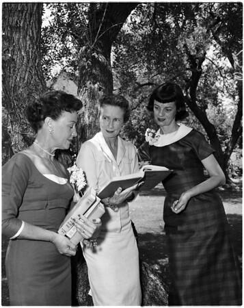 Neighborhood Youth Association Auxiliary, 1958