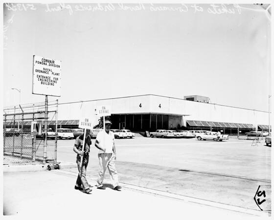 Convair pickets in Pomona (Convair's naval ordinance plant engineering building), 1958