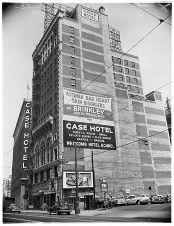 Case Hotel, 1955