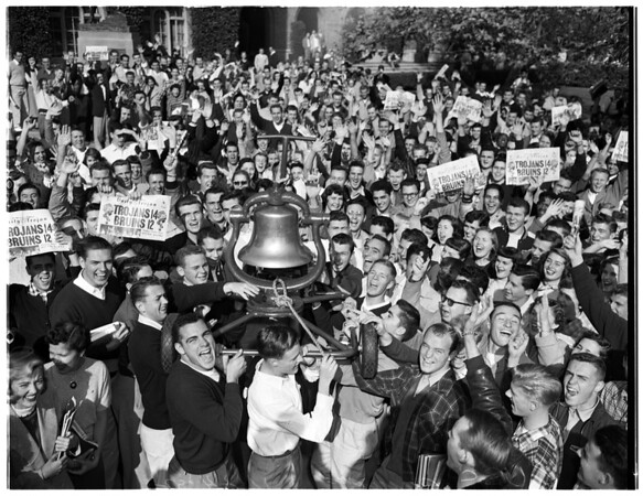 Return of Victory bell, 1952