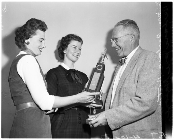 University of Southern California Commerce awards, 1957