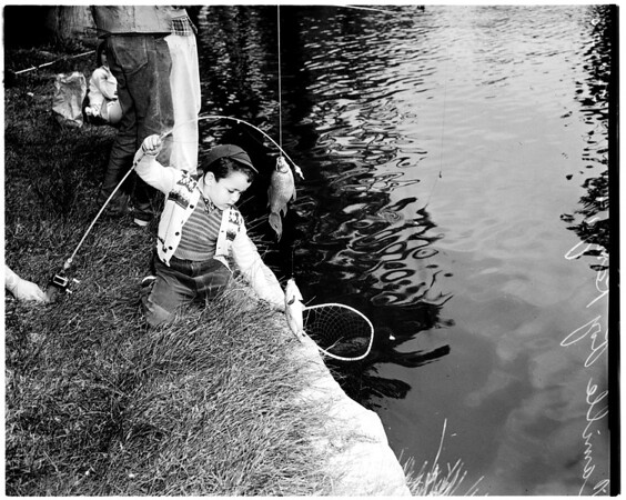 Kids fishing at Echo Park, 1958