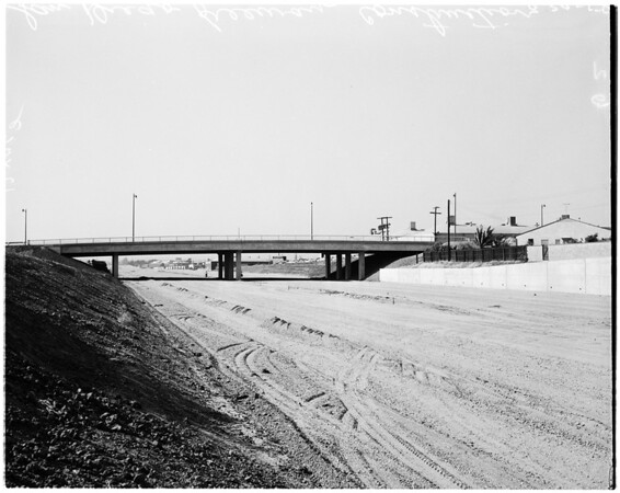 San Diego Freeway construction, 1958