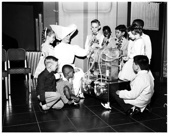 Saint Vincent's Hospital (negatives of children who had surgery correcting heart defect): new Cardiac Center, 1958
